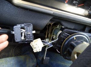 Pulled out turn signal switch plug