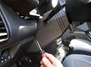 Taking apart bottom plastic to reach the turn signal switch
