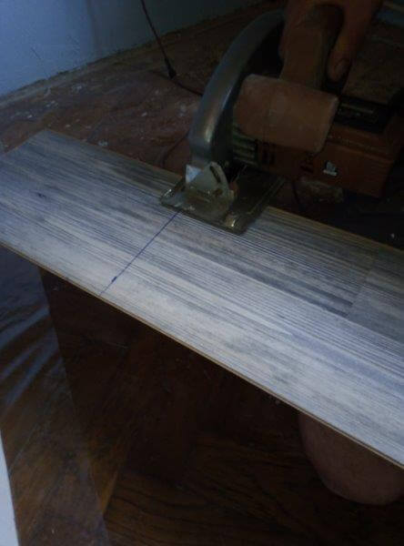 Cutting the laminate at the line